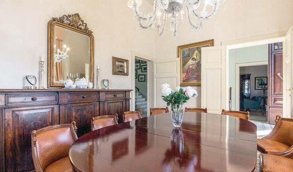 Ferienhaus Italien Für 12 Personen In Crespina   Esszimmer