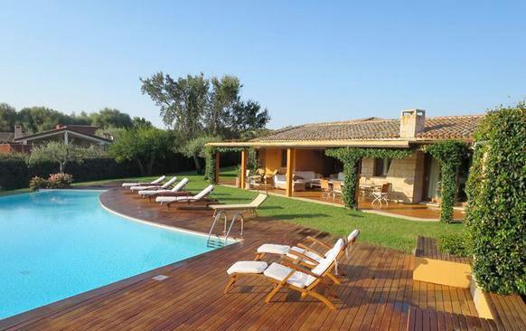 Ferienhaus italien am meer f r 10 personen in san teodoro for Sardinien ferienhaus mieten
