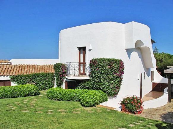 ferienhaus italien am meer f r 16 personen in porto rafael ferienhaus italien. Black Bedroom Furniture Sets. Home Design Ideas