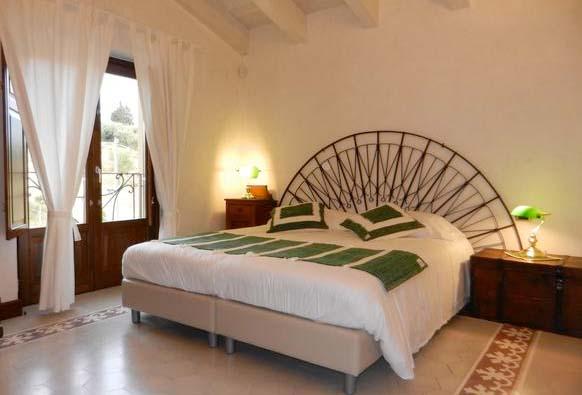 Ferienhaus Italien Privat Für 12 Personen In Centuripe   Schlafzimmer