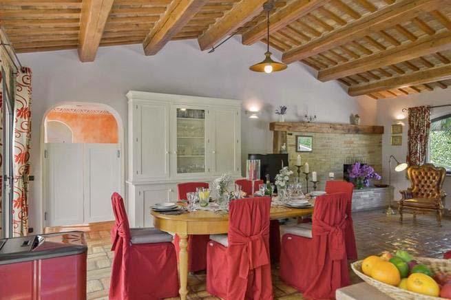 Finca Italien Für 12 Personen In Mogliano   Esszimmer