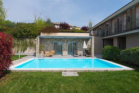 ferienhaus italien mit pool jederzeit eine willkommene. Black Bedroom Furniture Sets. Home Design Ideas