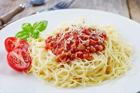 italienische k che landestypische gerichte kulinarische spezialit ten ferienhaus italien. Black Bedroom Furniture Sets. Home Design Ideas