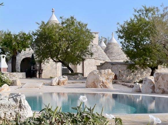 trulli ferienhaus f r 6 personen in martina franca ferienhaus italien. Black Bedroom Furniture Sets. Home Design Ideas