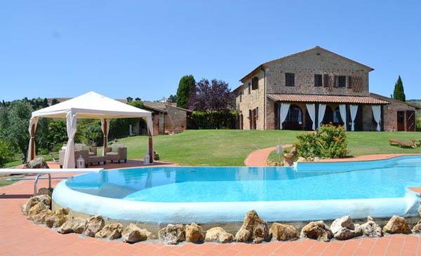 Urlaub Mit Hund Italien Ferienhaus 10 Personen Chianni Ferienhaus
