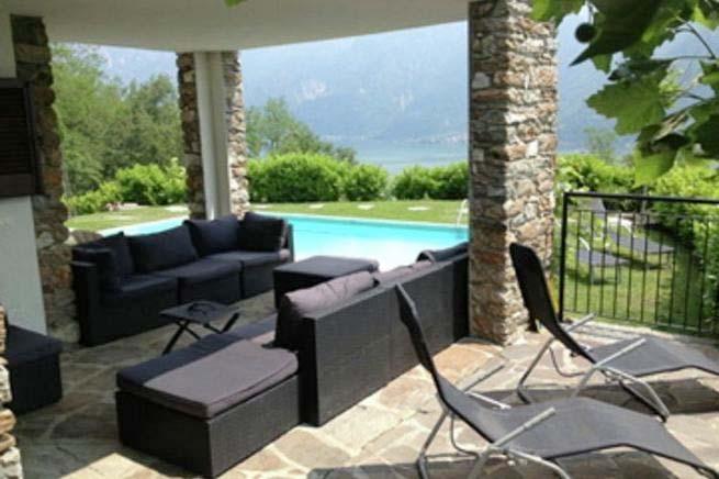 urlaub mit hund italien ferienhaus 14 personen sorico. Black Bedroom Furniture Sets. Home Design Ideas